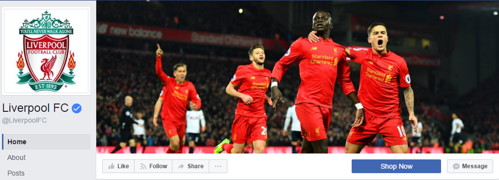 Футбольный клуб Liverpool демонстрирует на обложке счастливые лица команды после победы